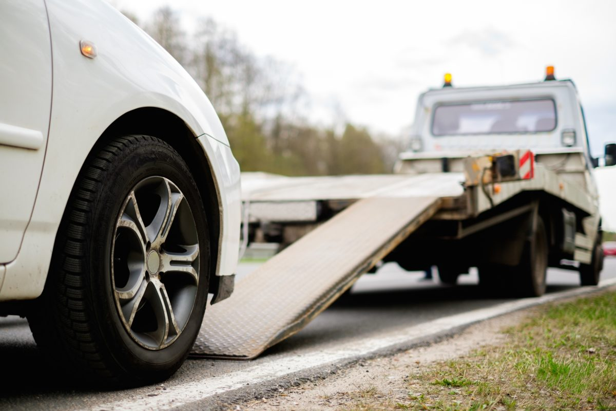The Most Basic Requirements to get Started with Tow Truck Services Business