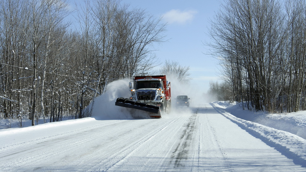 Make a Profitable Side business with the On demand Snow Removal App