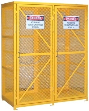 Industrial safety equipment-Why you should invest in gas cylinder cages?