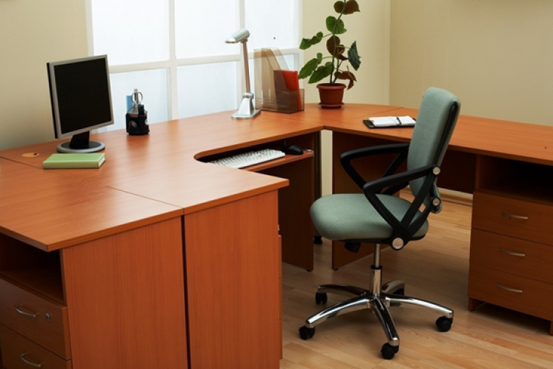 Buying an Office Desk