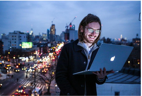 The Top 5 Benefits of Being a Freelancer