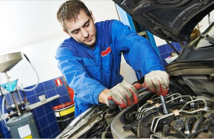 How Can You Find the Best Car Mechanic Near Your Locality?