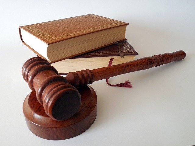 Benefits of Hiring Immigration Lawyer in the UK